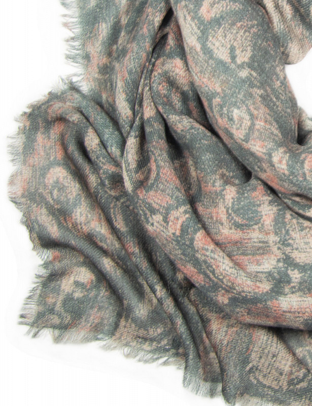 acacia-scarf-wool-a-rosato-detail.jpg