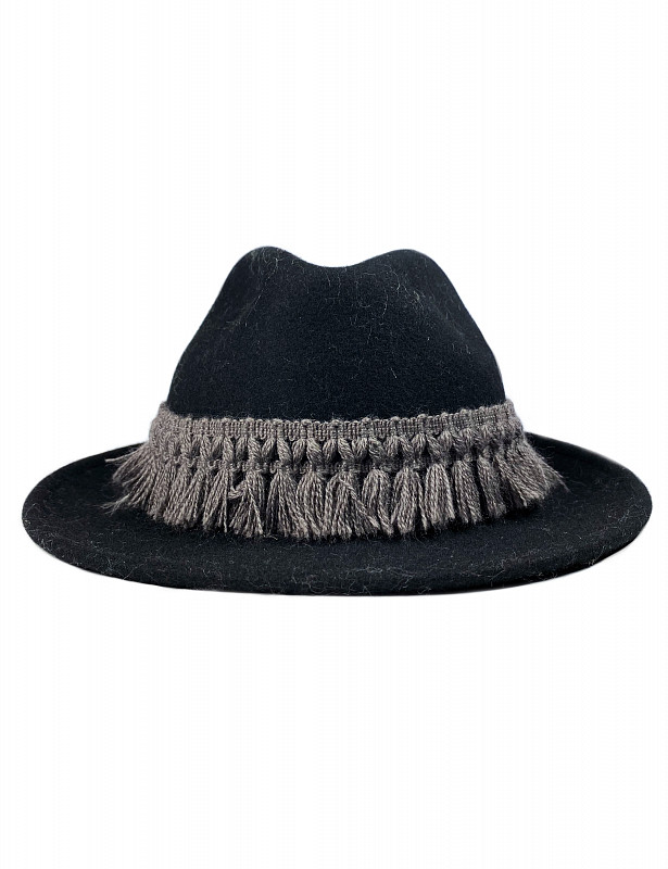 albano-hat-wool-nero-emotional1.jpg
