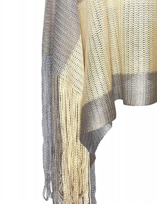 blake-poncho-acrylic-grigio-detail.jpg