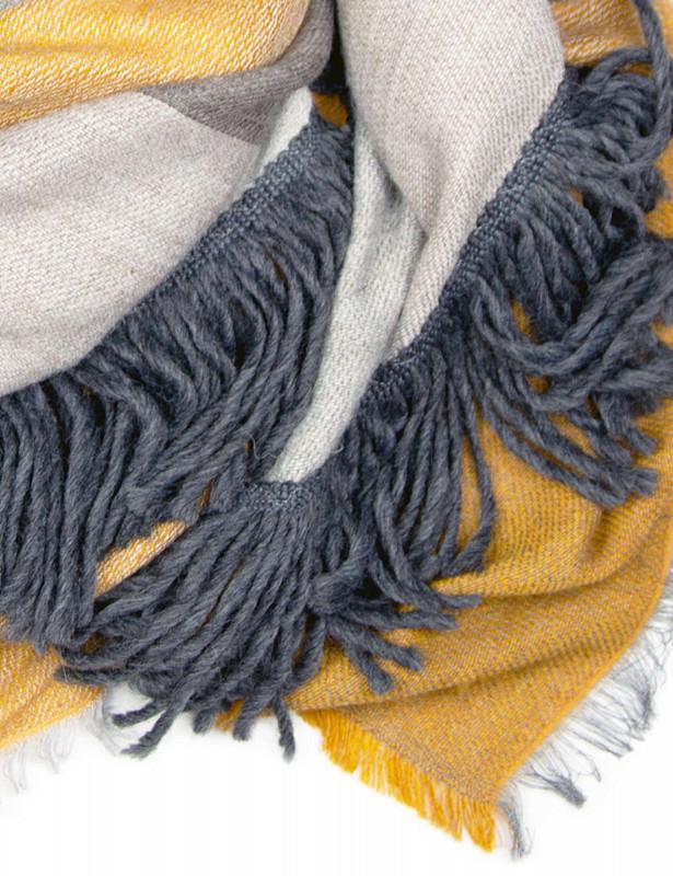 upside-square-mix-wool-d-mustard-detail.jpg