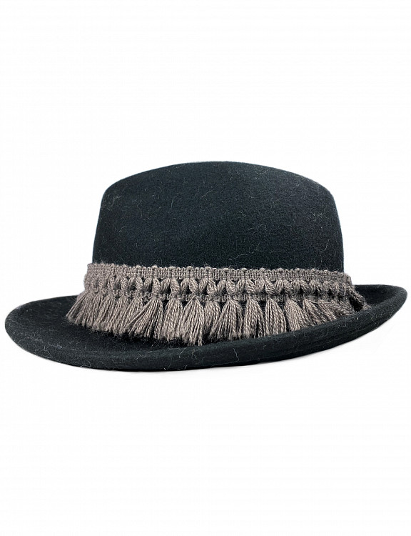 albano-hat-wool-nero-emotional2.jpg