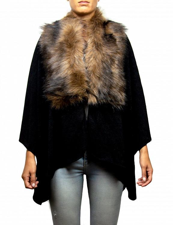 uberta-cape-fauxfur-d-black-model1.jpg